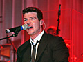"Robins Album, ""The Evolution of Robin Thicke"",  steht nun auch bei uns in den Plattenl�den (Foto: Public Address)"